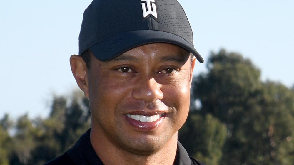 Tiger Woods avec casquette de marque