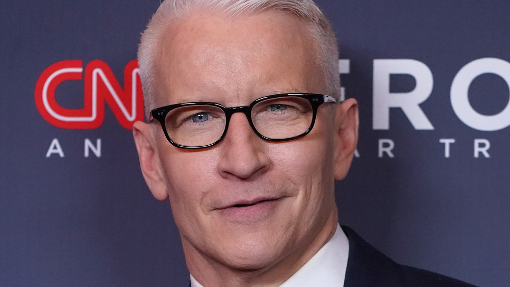 Anderson Cooper sur tapis rouge