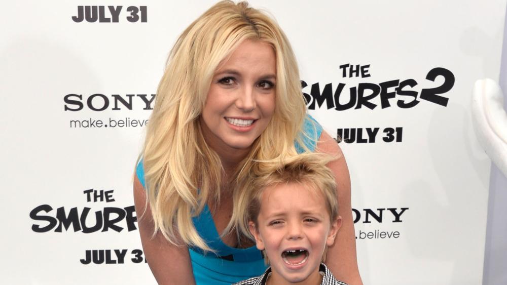 Britney Spears avec son fils qui pleure
