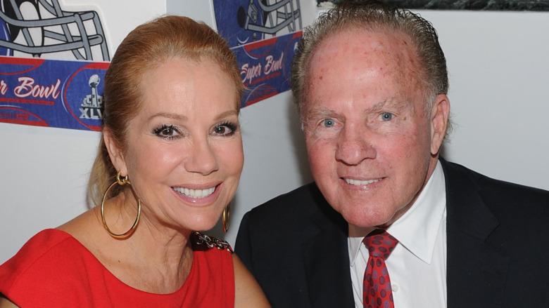Frank Gifford et Kathie Lee Gifford souriant