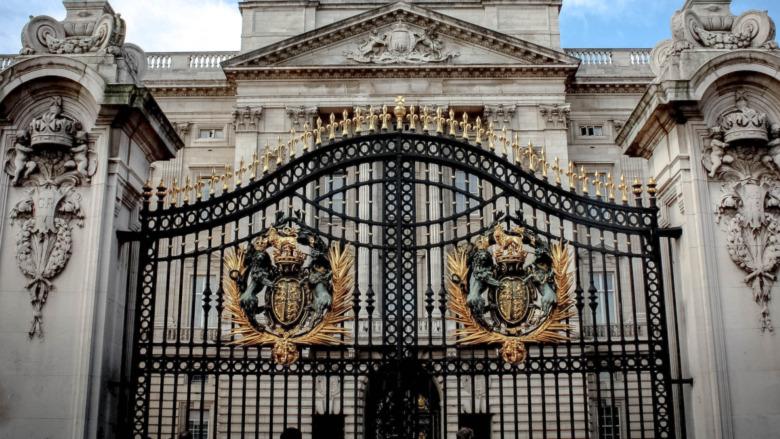 Porte du palais de Buckingham