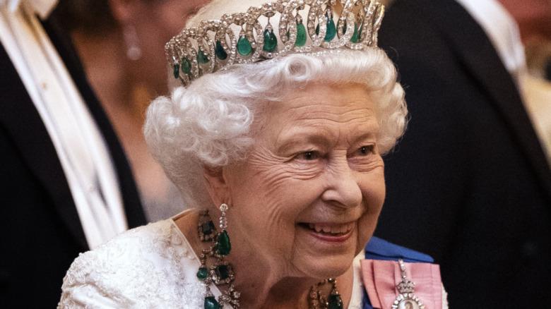 La reine Elizabeth II souriante