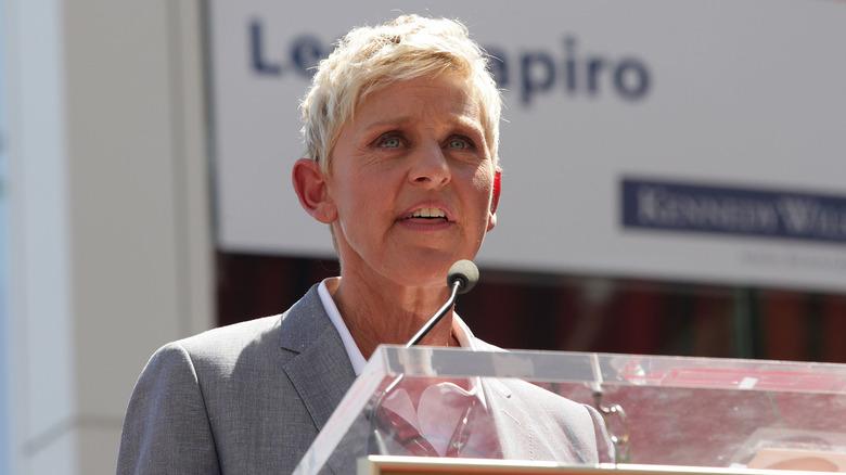 Ellen DeGeneres s'exprimant