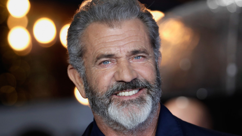 Mel Gibson souriant