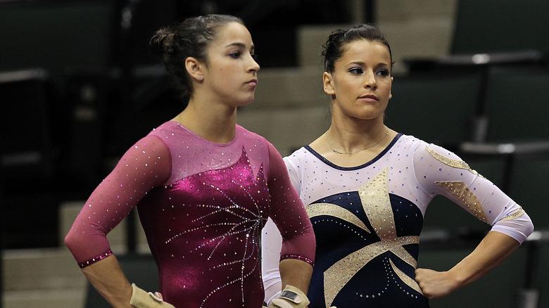 Aly Raisman et Alicia Sacramone en 2011