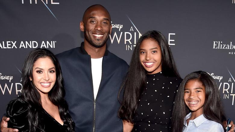 La famille Bryant foule le tapis rouge