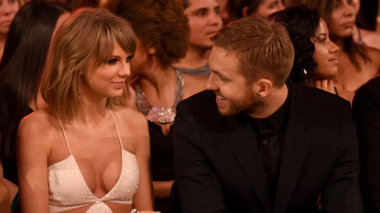 Taylor Swift et Calvin Harris rient