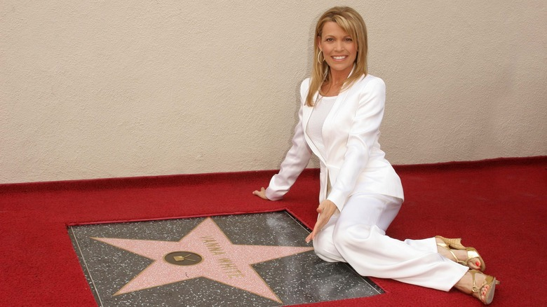 Vanna White avec l'étoile du Walk of Fame