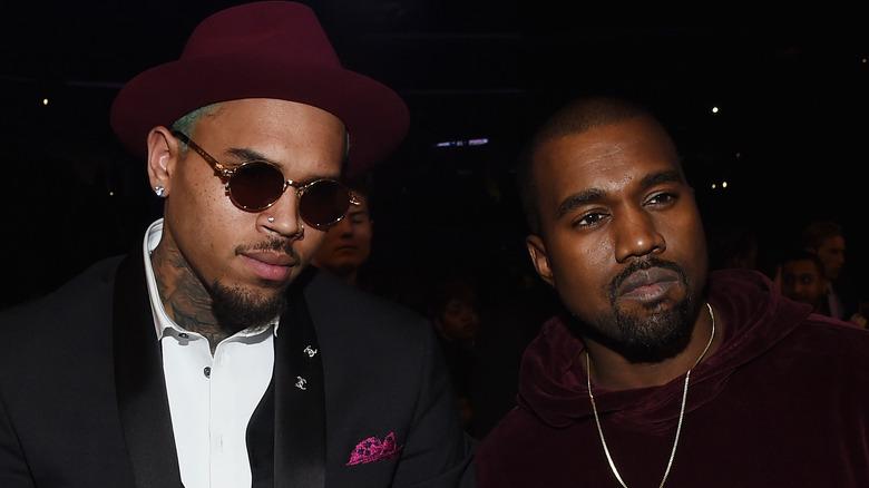 Chris Brown pose avec Kanye West