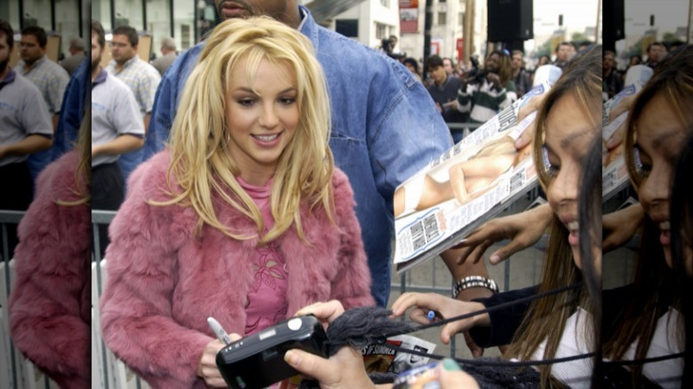 Britney Spears avec des fans