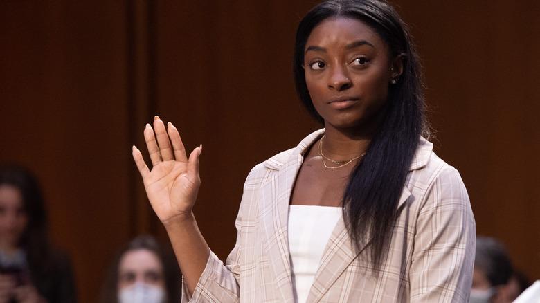 Simone Biles à l'audience du Sénat